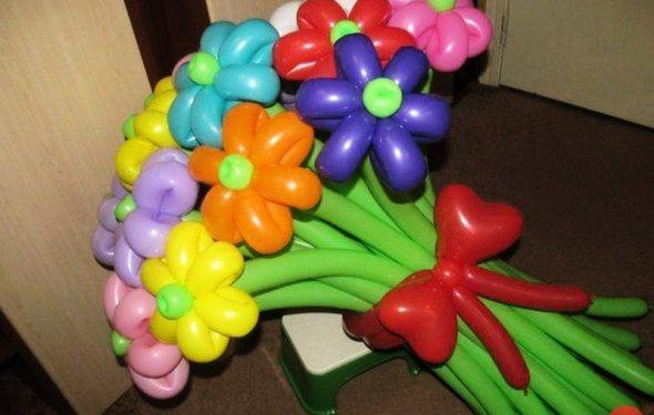 Букеты из воздушных шаров фото
