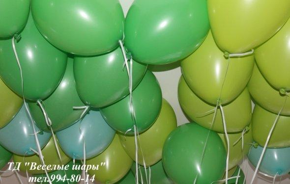 Зеленые воздушные шарики